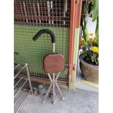 เก้าอี้ไม้เท้า3 ขา TK301